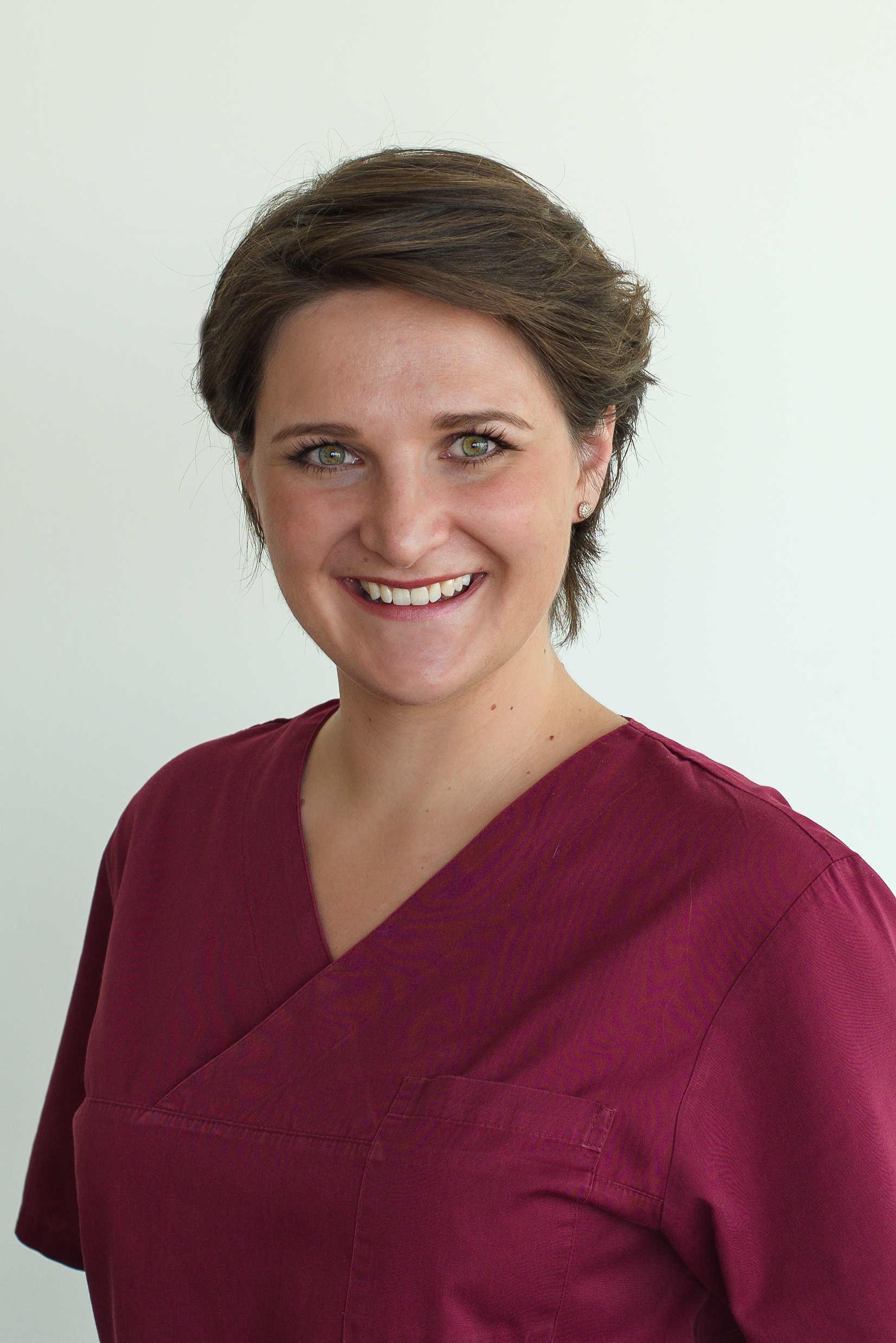 Zahnärztin Theresa Schneider